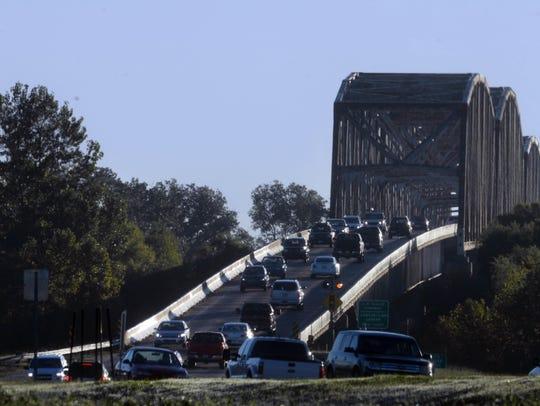 Traffic flows on the Shreveport side of Jimmie Davis