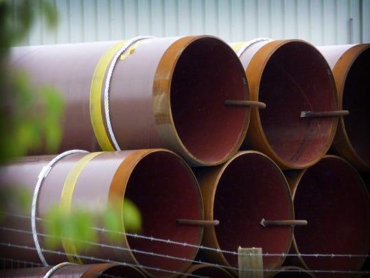 ldn-mkd-052116-pipes pipeline-