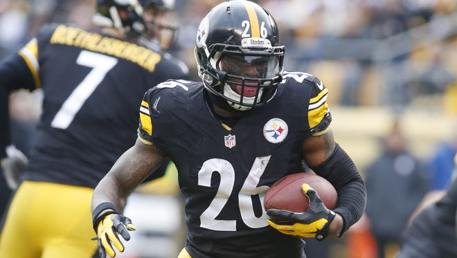 Steelers RB Le'Veon Bell's 2,215 yards from scrimmage were the most in the AFC in 2014.