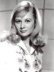 Early publicity still of Shirley Knight.