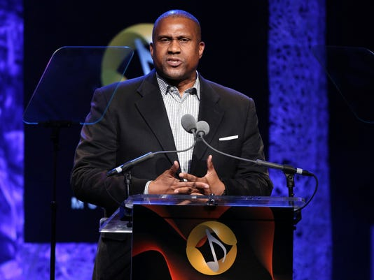 AP SEXUAL MISCONDUCT-TAVIS SMILEY A ENT FILE USA CA