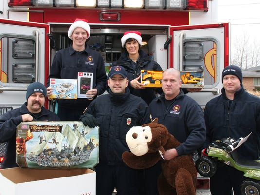des.ank1223 toys for tots342.JPG