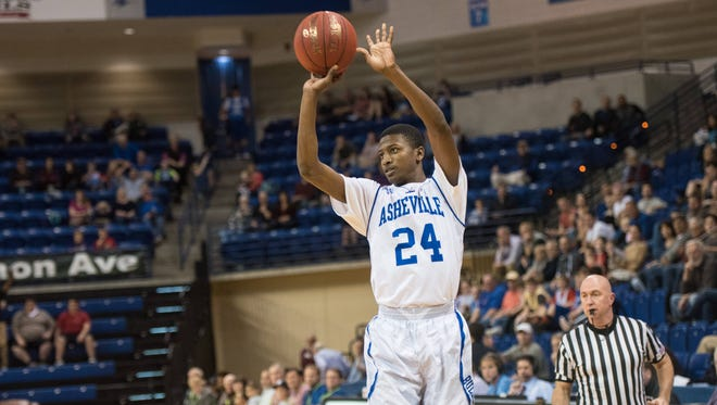 Dylan Smith is averaging 12.4 points per game for UNC Asheville.