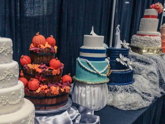 Have your wedding cake sculpted to fit the theme of your choice, and be as creative as you wish.
