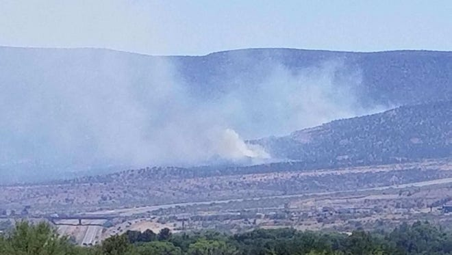 Brush fire closes Interstate 17 near Camp Verde