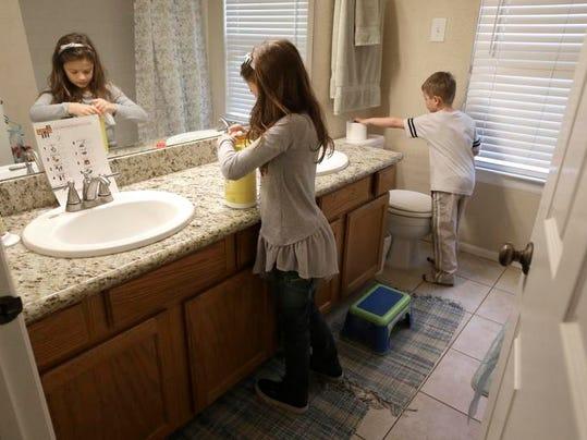 Homes-Parenting-Chores (2)