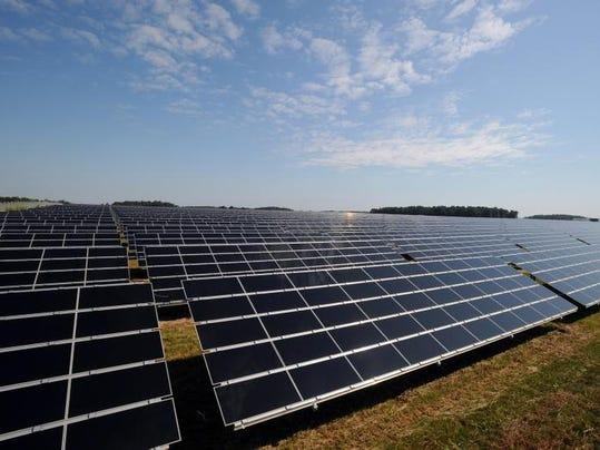 -wyandot_solar_farm2.jpg_20140708.jpg