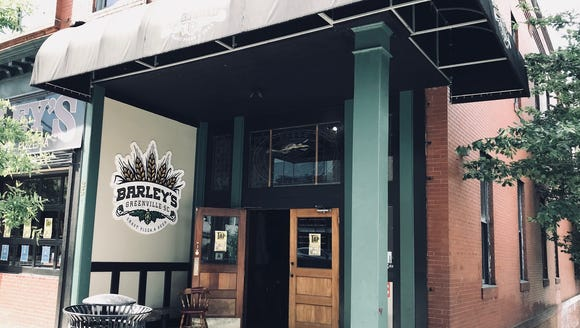 Barley's serves up some awesome pizza and craft beer,