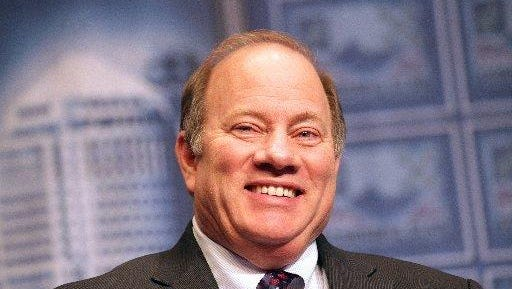 Mike Duggan is meeting with city council on Kevyn Orr