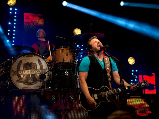 "Country musician Randy Houser sang his hit song ""How"