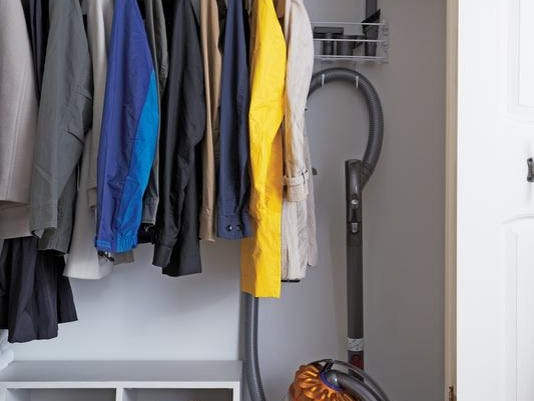 ask-martha-organized-closet-feb25-21110802.jpg