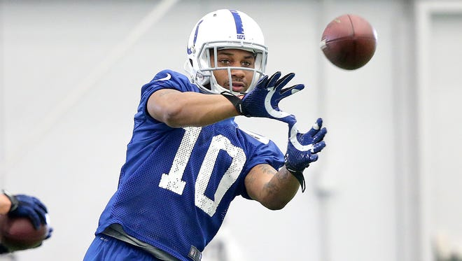 Donte Moncrief makes a catch in practice.
