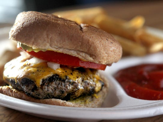 Alex's Tavern's cheeseburger