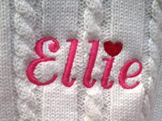 636494000245421712-sweater.jpg