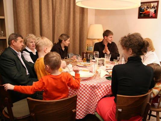 familydinner2.jpg