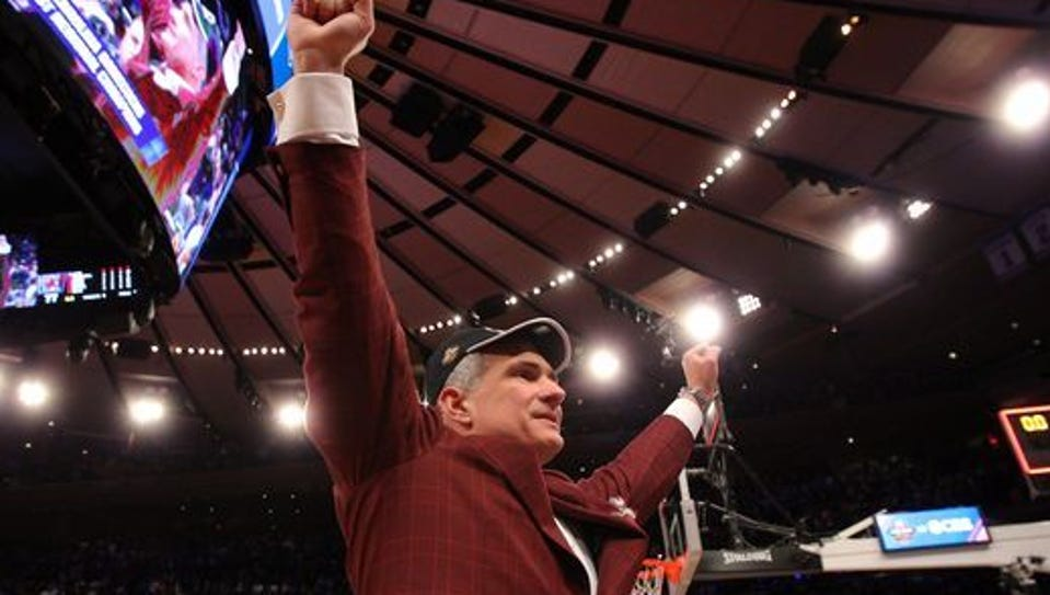 USC coach Frank Martin celebrates the Gamecocks victory