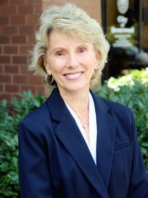 Linda Lynch will retire after 29 years as Brentwood's community relations director.