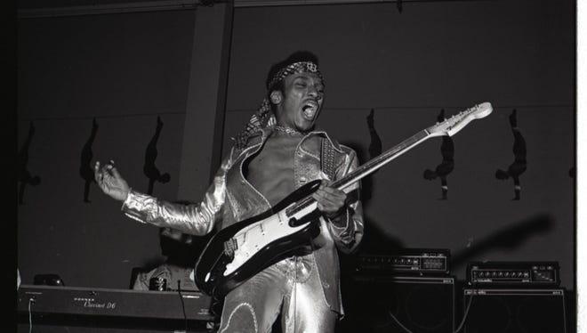 Ernie Isley of the Isley Brothers, circa 1972.