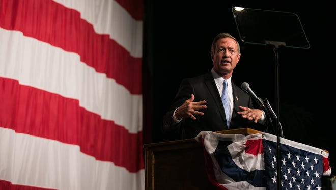 Martin O'Malley earned applause for his tough-on-Wall Street tenor during the Iowa Democratic Wing Ding on Friday.