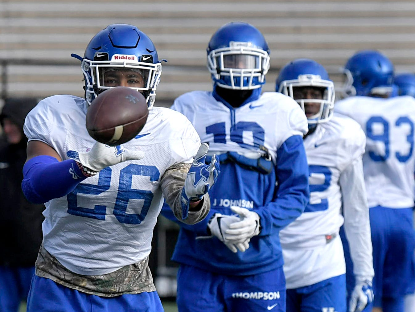 Uk Basketball: In Nashville For The Music City Bowl? Here's Where To