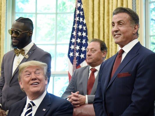 Trump firma una concesión el clemencia al excampeón de los Pesos Pesados Jack Johnson