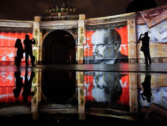 AP RUSSIA REVOLUTION I RUS