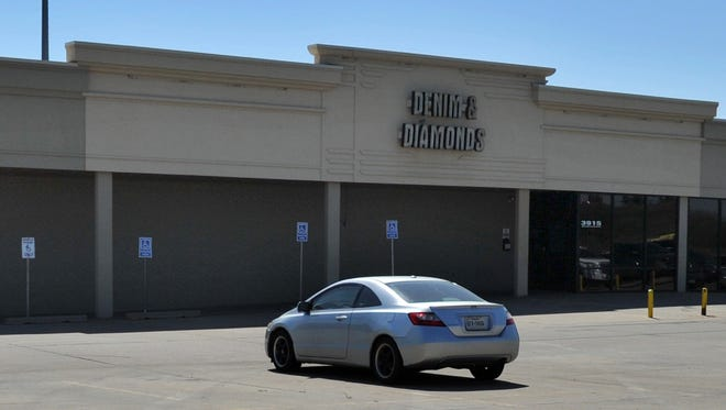 Denim & Diamonds club located in the 3900 block of Kell access road, is closing except  for pre-scheduled concerts