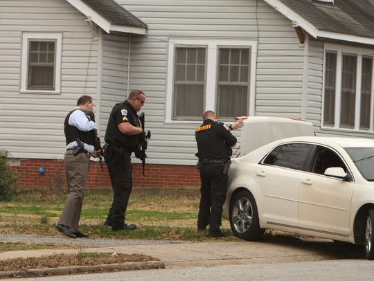 Anderson County Sheriff's Office deputies looked in