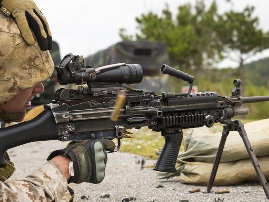 636481475258944811-army-machine-gun.jpg