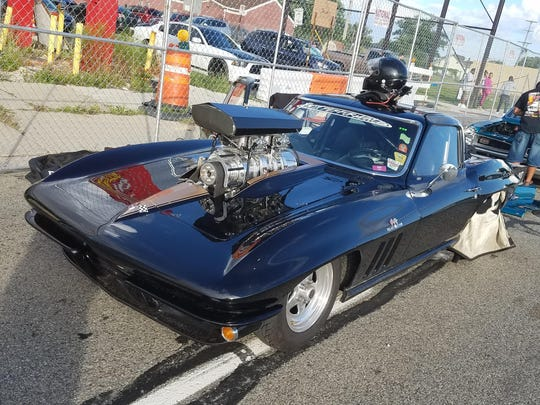 The fastest qualifier is Gary Box's 1300-hp Corvette