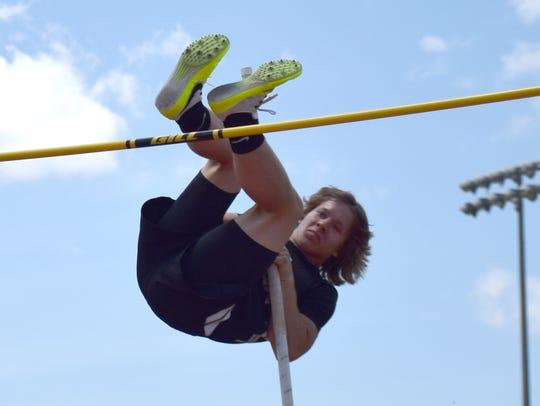 Buffalo Gap's Tucker Kiracofe competes in the boys