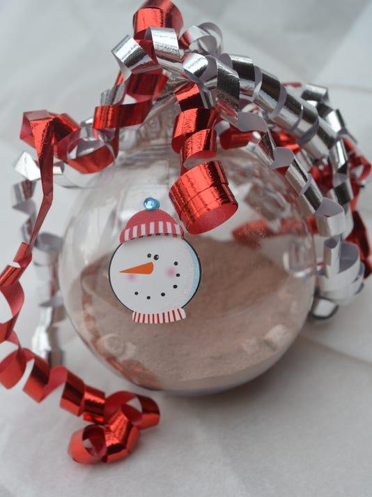 cocoa ornament.jpg