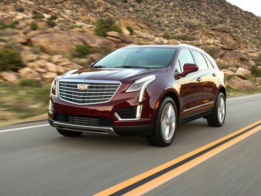 636548195322608661-2017-Cadillac-XT5-062.jpg