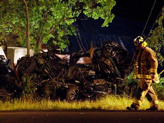 AP FATAL CRASH-6 DEAD A USA TX