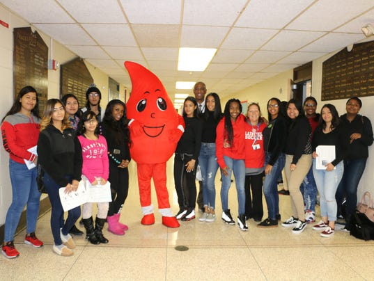 Plainfield High School to hold blood drive PHOTO CAPTION