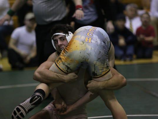 636538846307175853-Wrestling-Ricky-Gonzalez-RHS-1.JPG