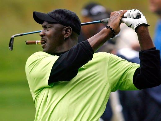 Michael Jordan's golf course fashion faux pas