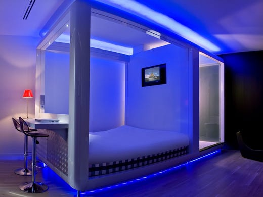 10 Great Places To Sleep In A Pod Hotel
