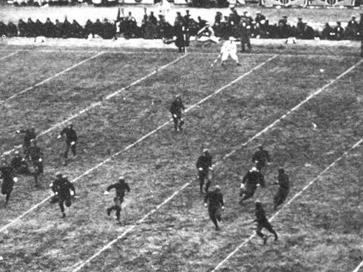 1926: Army and Navy faced off in Chicago during the national dedication of Soldier Field as a monument to American World War I servicemen. The game ended in a 21-21 tie.