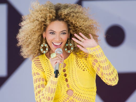 So Beyonce might have lip-synced the national anthem at President Obama's inauguration. But who doesn't lip-sync nowadays? We know she can sing, so what does she have to prove?  Here's a look back at a few stars who probably never should have tried to sing, but, to our detriment, did.