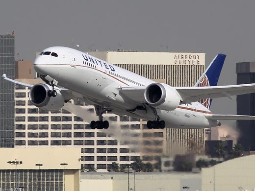 A Boeing 787 Dreamliner operated by United Airlines takes off at Los Angeles International Airport on Jan. 9, 2013.