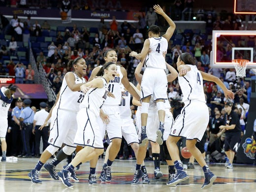 Geno Auriemma, UConn win 8th title in rout of Louisville Uconn Huskies Basketball 2013