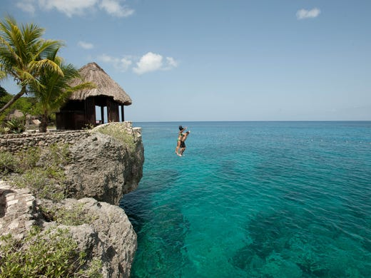 Affordable caribbean 15 value hotels and resorts for Best caribbean vacations in december