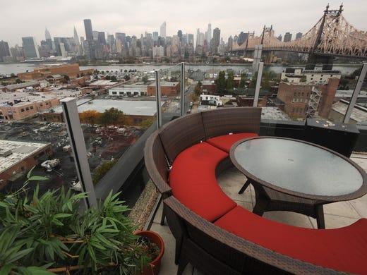Z Hotel Long Island City Rooftop Lounge