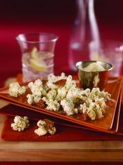 Cheesy Pepperoni Popcorn