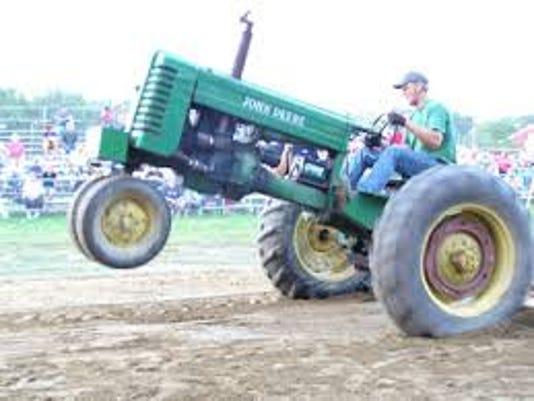 tractor pulljpeg.jpeg