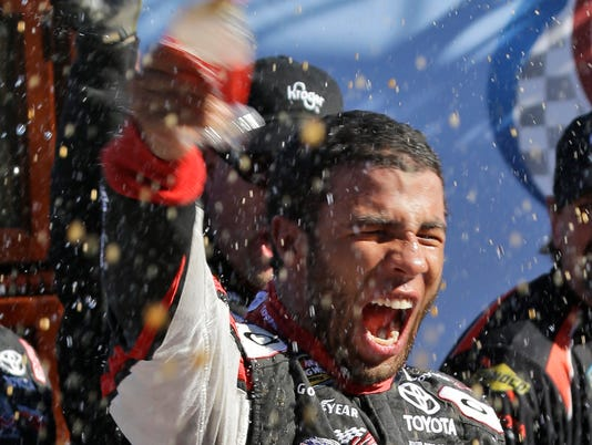 10-26-2013 darrell wallace jr. victory lane