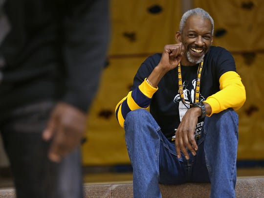 1b82bbc3855f Former Pacers  Darnell Hillman is one tough -- beloved -- youth coach