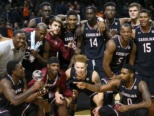 The South Carolina Gamecocks pose with the championship