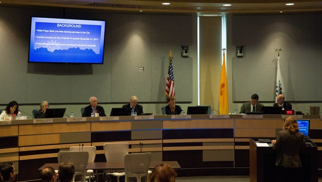 Karin Byrum, treasurer of the City of Las Cruces, gives a presentation about the banking services to the Las Cruces City Council at a council meeting Sept. 18.